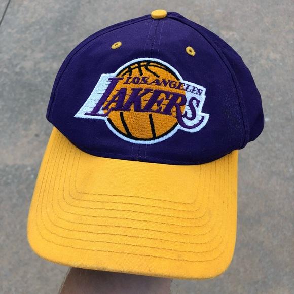 d68a5572 NBA Twins Accessories | Vintage Los Angeles Lakers Snapback | Poshmark